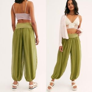 Free People No Strings Balloon Pant